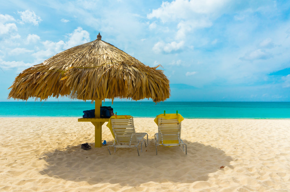 With glorious white beaches, temperatures around the 28C mark, and delicious food, could Aruba be your next holiday destination?