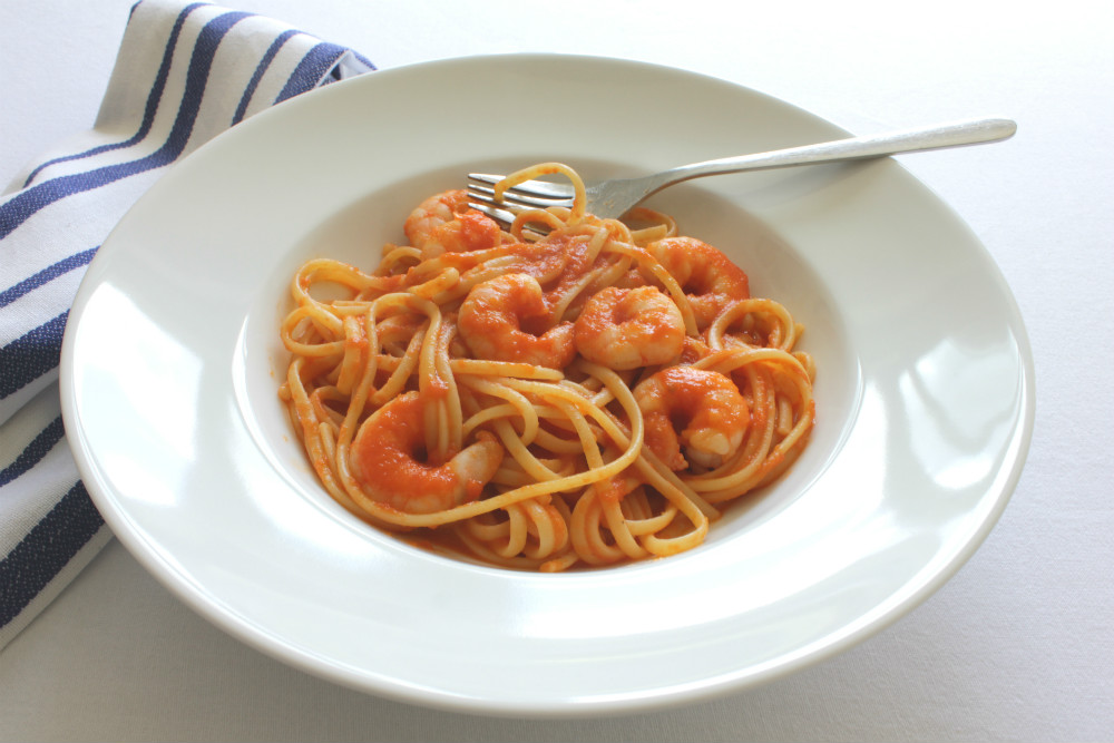Eating spicy food like this Paprika Prawn Linguine can help you to keep cool in the summer