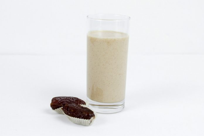 A glass of Sticky Toffee Pudding Smoothie
