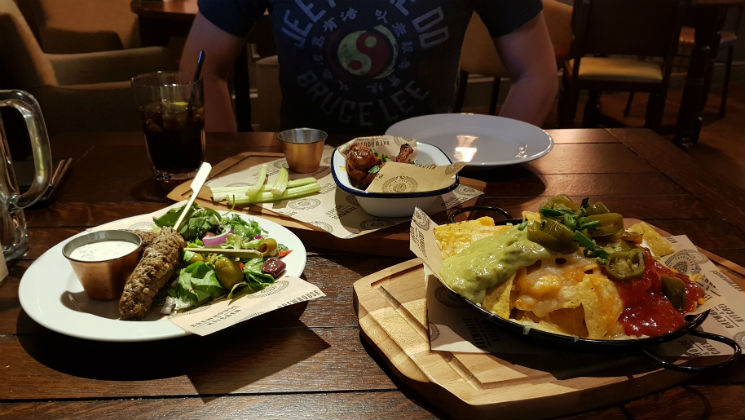 I recently visited the Brewhouse and Kitchen restaurant in Lichfield. Mark and I shared a delicious meal, with a little twist to the menu #review