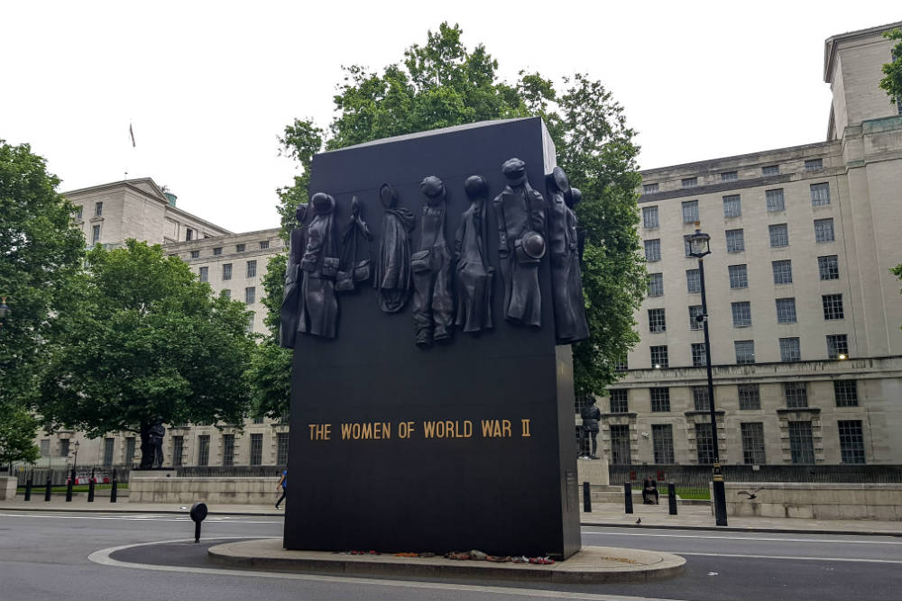 Memorial to the Women of World War 2 in London