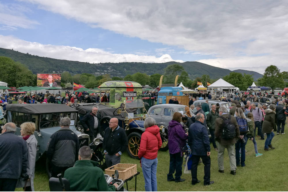 The large crowds weren't going to let showery weather spoil their fun at the RHS Malvern Spring Festival 2017