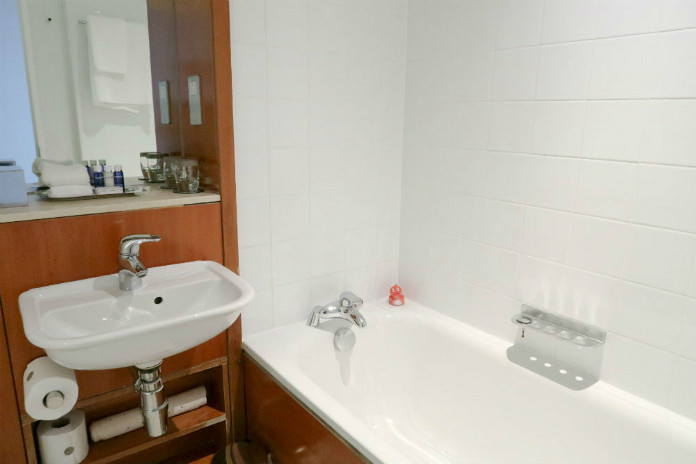 Spotlessly clean and bright bathroom at the Apex City Quay Hotel & Spa in Dundee