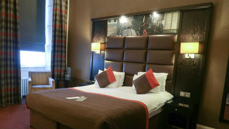 The Grand Central Hotel in Glasgow has the perfect mix of old-school elegance and modern day service. Here's my review of my recent visit.