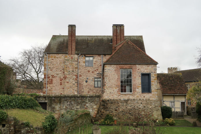 Castle House in Taunton, Somerset (UK) - available to rent through Classic Cottages