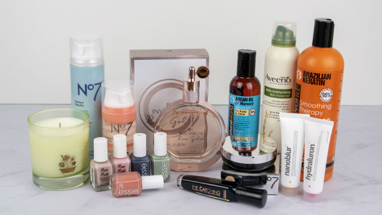 Winter has finally gone, and it's time for a new season of pampering - welcome to Spring 2018 Beauty! I've picked out some skincare for dry skin, spring colours for nails and some great new cosmetics, as well as a gorgeous scent that's perfect for Spring and Summer.