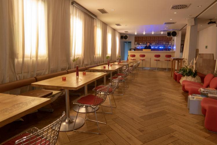 The bar area in Hotel Drei Raben in Nuremberg, Germany
