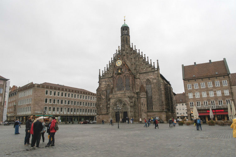 The main market square (Hauptmarktplatz) and Frauenkirche in Nuremberg, Germany