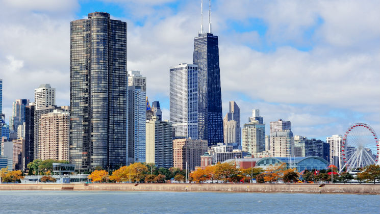 If you're planning a trip to Chicago, here are 9 top things to do in one of the USA's largest cities.