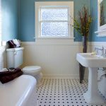 Following these simple bathroom decor tips will make it easy to create your ideal luxury bathroom! [Ad]