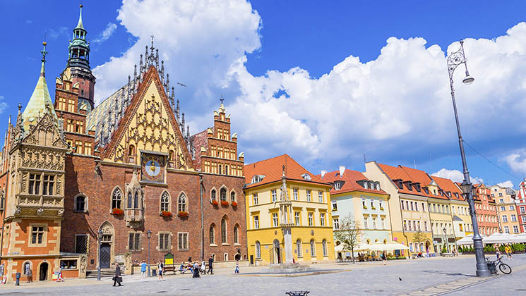 If you're planning a citybreak in Wroclaw, Poland, you'll love these tips to help you explore the city like a local