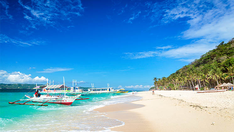 Discover some of the fantastic things to do on a visit to Boracay, an island paradise in the Philippines