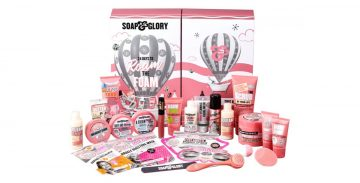 It's time for our first giveaway of the 2020 festive season, and you could win this gorgeous Soap & Glory calendar!